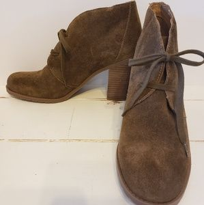 Franco Sorto brown suede size 11M booties
